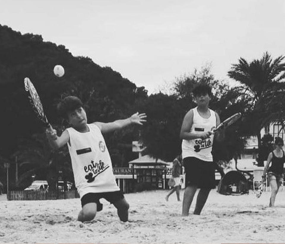 beach-tenis_4-300x219